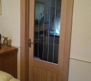 Oak Dordonge internal doors with Oak Ogee facings and skirting boards