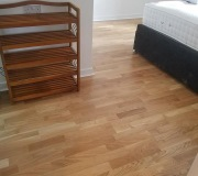 Top layer oak real wood flooring with low thresholds for wheelchair accessibility